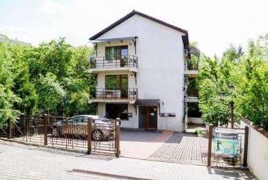 Vânzare apartament cu 3 camere + parcare în curtea interioară, Andrei Mureșanu