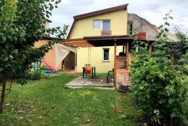 Casa cu 4 camere + garaj și curte individuală, cartierul Mărăști, Cluj-Napoca